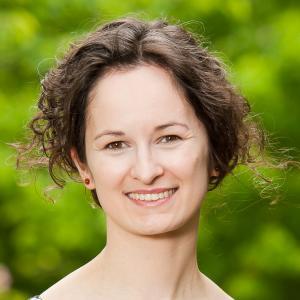 Headshot of Anna Drangowska-Way